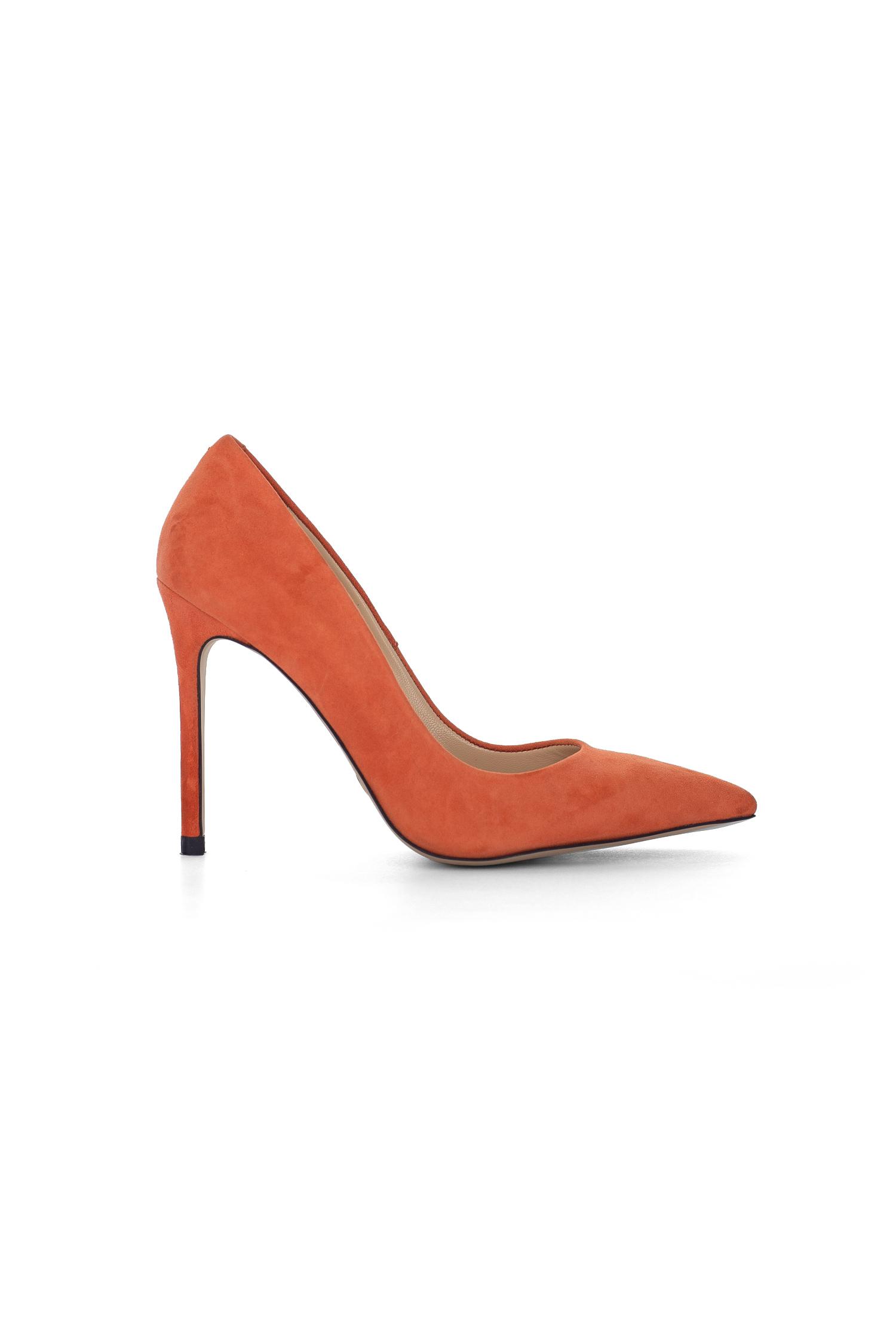 Stiletto ayakkabı dekupe çekimi